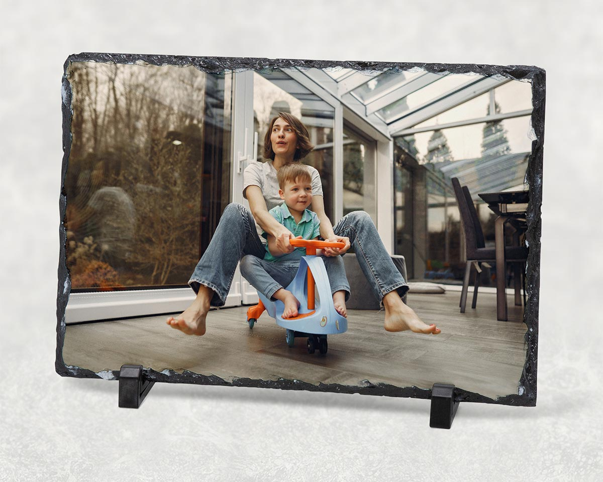 Family photo on photo slate