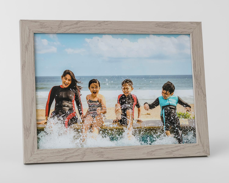 Light grey photo frame