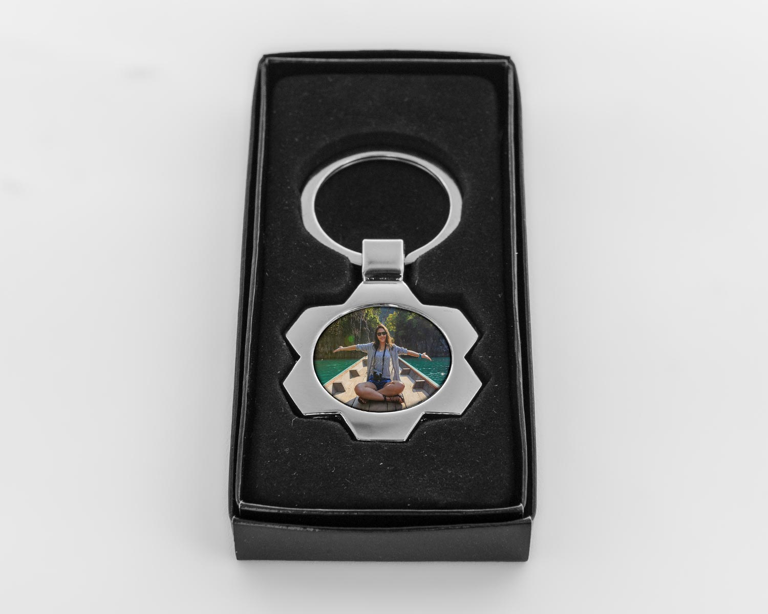 Starburst keyring in giftbox