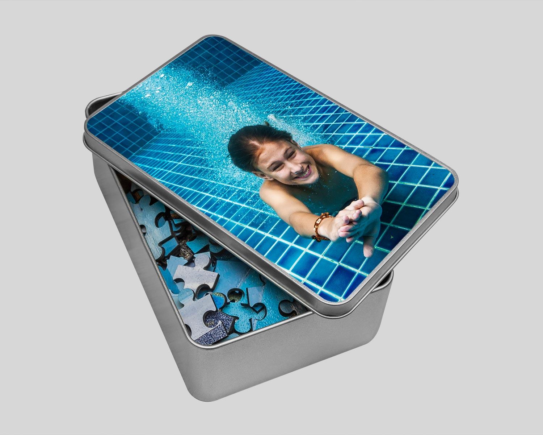Jigsaw tin with photo printed on lid