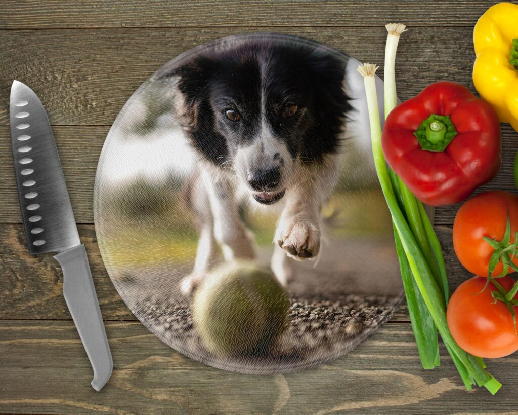 Round photo chopping board